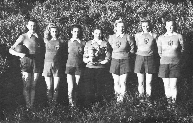 KA-stúlkur, Norðurlandsmeistarar í handknattleik 1943