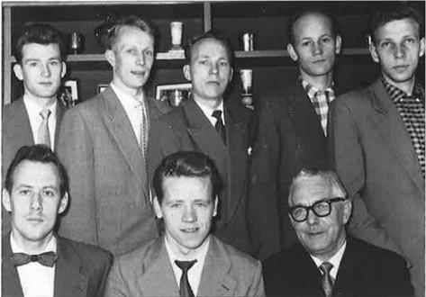 Stjórn KA á 30 ára afmælinu 1958